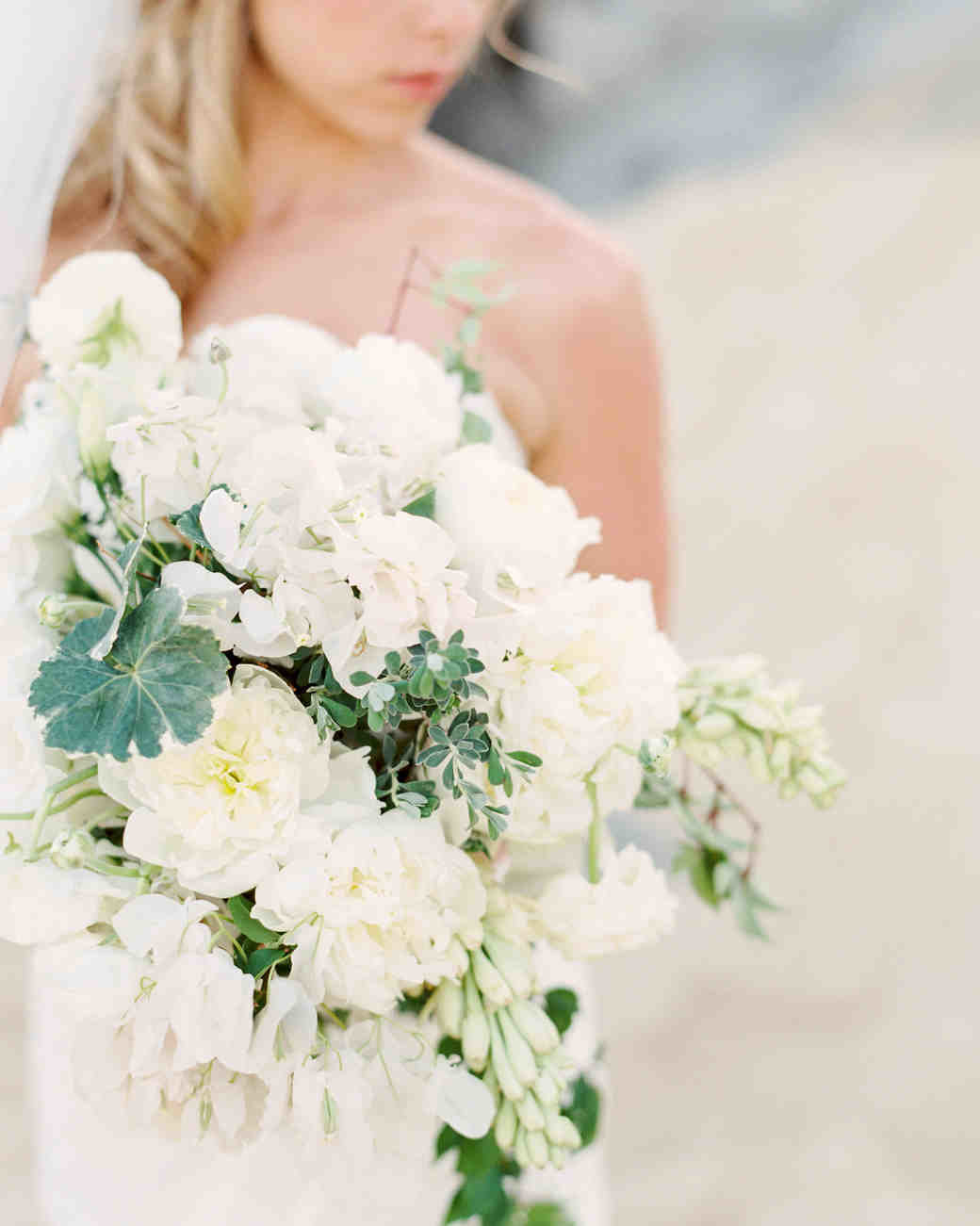 Wedding Flowers White Wedding Flowers Entrancing White Floral