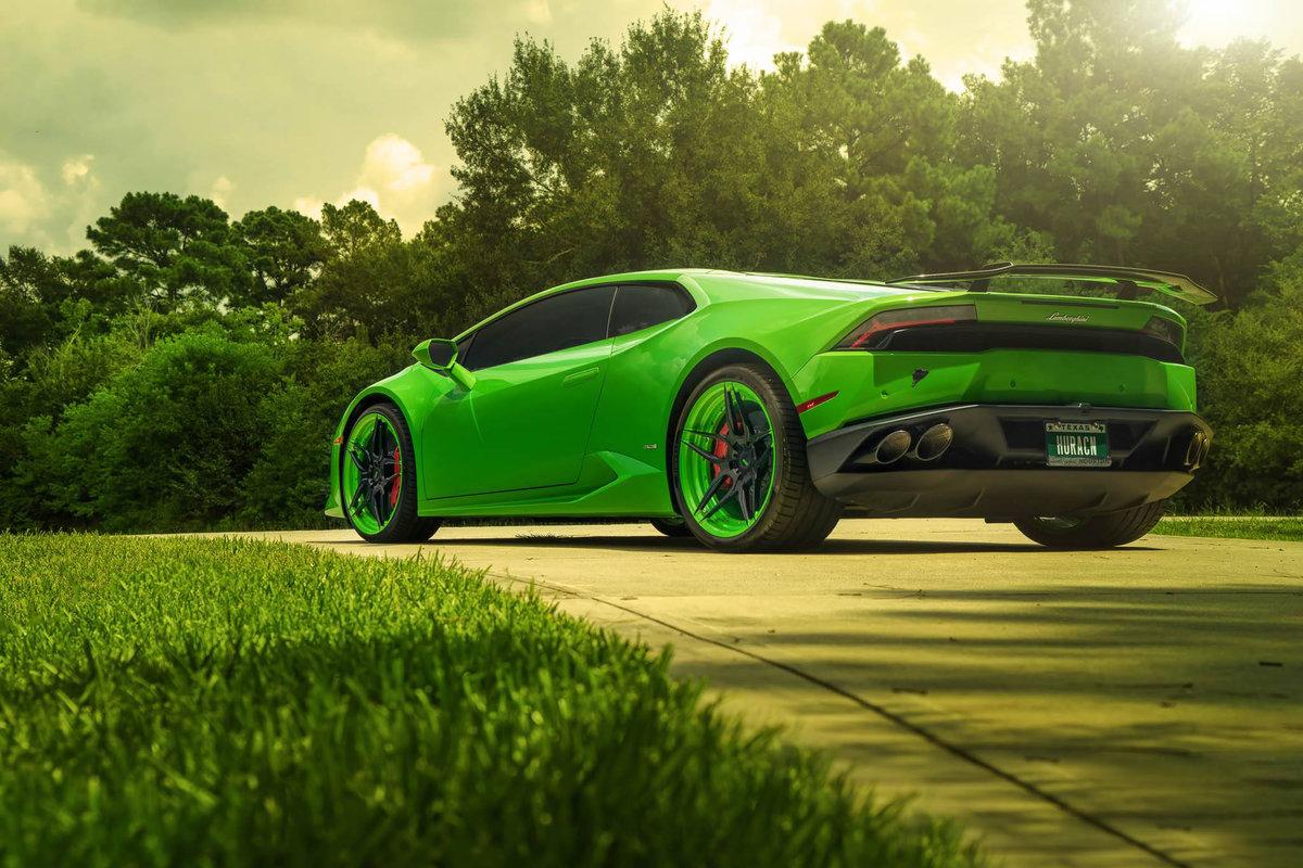 картинки зеленых машин это