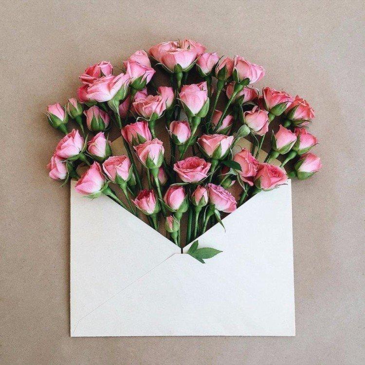 Открытка в цветы что написать на день рождения