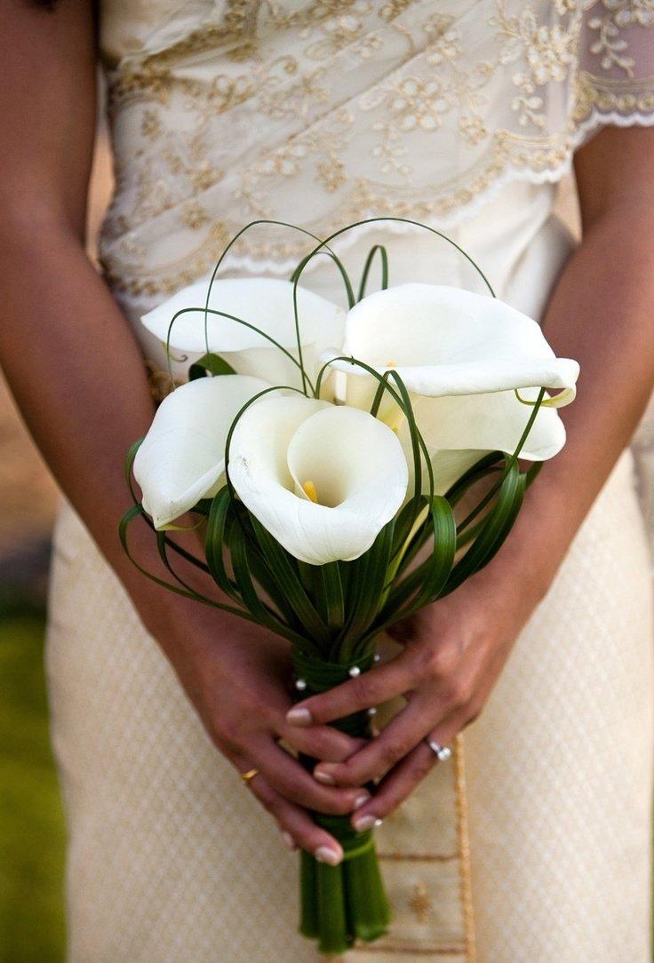 Авторские букет невесты из калл