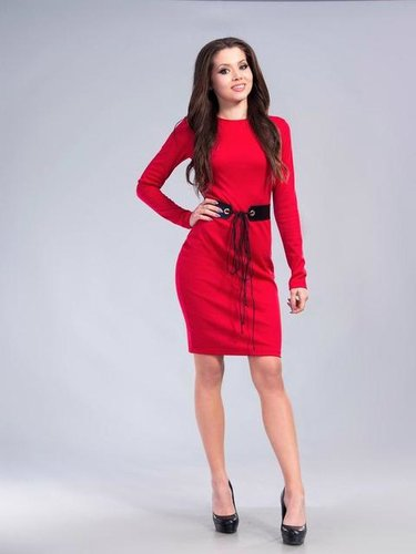 f1327b6b746 32 карточки в коллекции «Женское красное платье с длинными рукавами ...