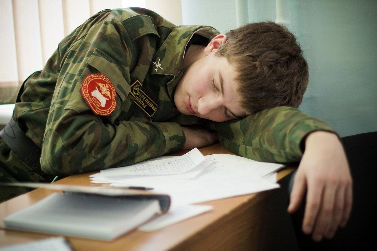 Картинка сон солдата