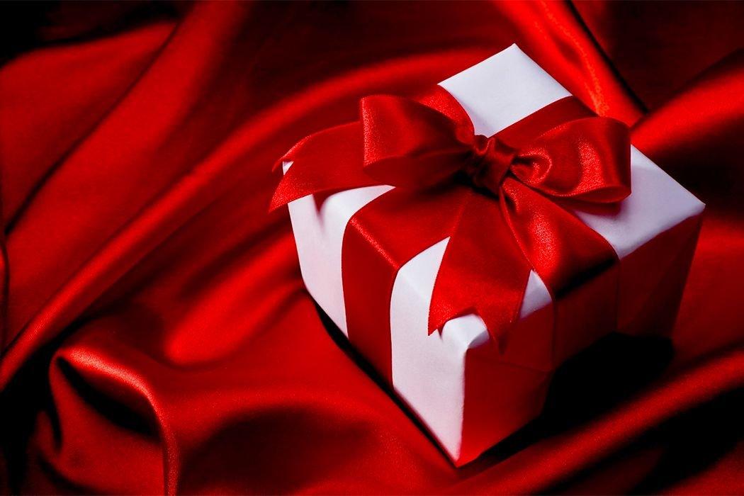Дарят подарки открытки, будем открытки поздравление