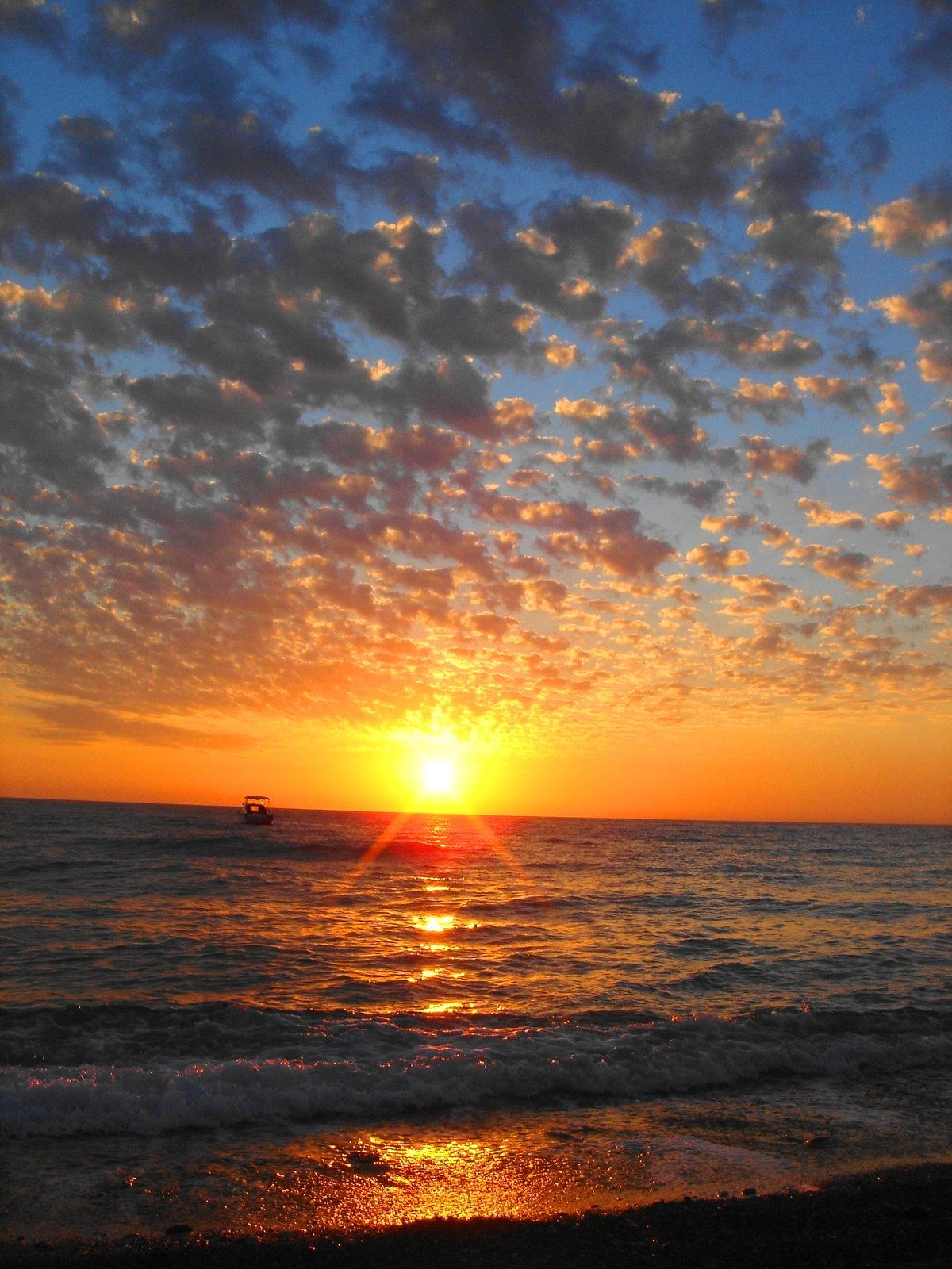 Закат солнца на море картинки
