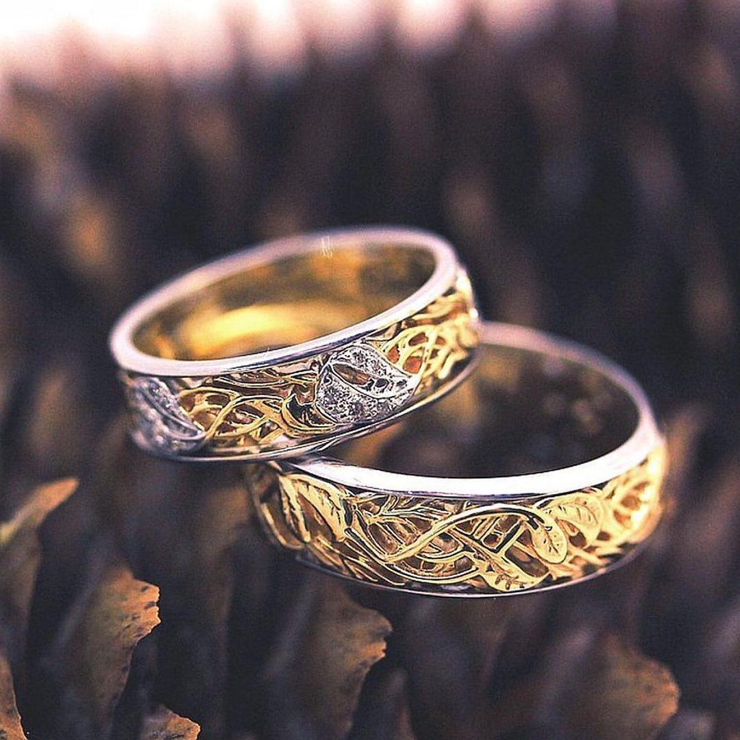 необычные обручальное кольца с картинками певицы похвасталась