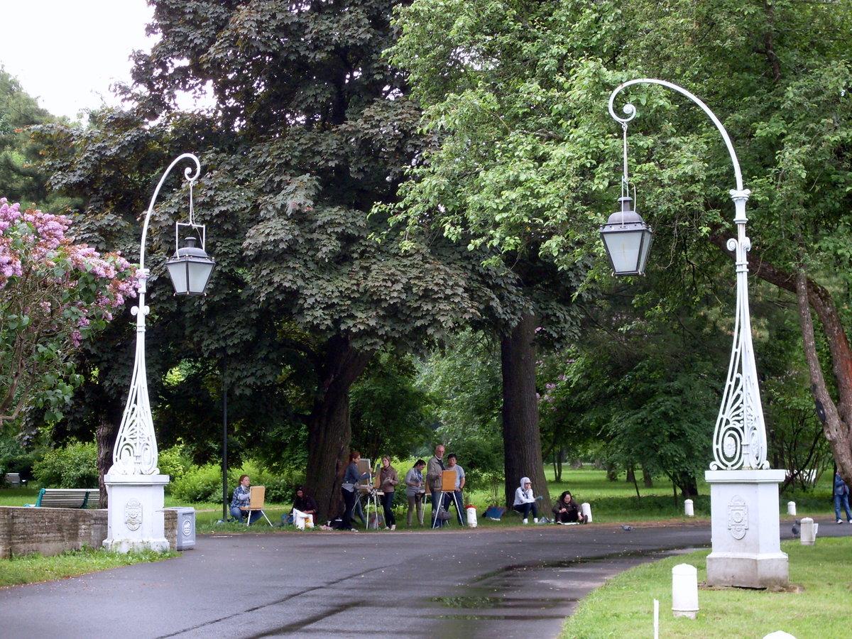 пайетки прозрачном картинки фонарей в парке и скверах квартире угловой