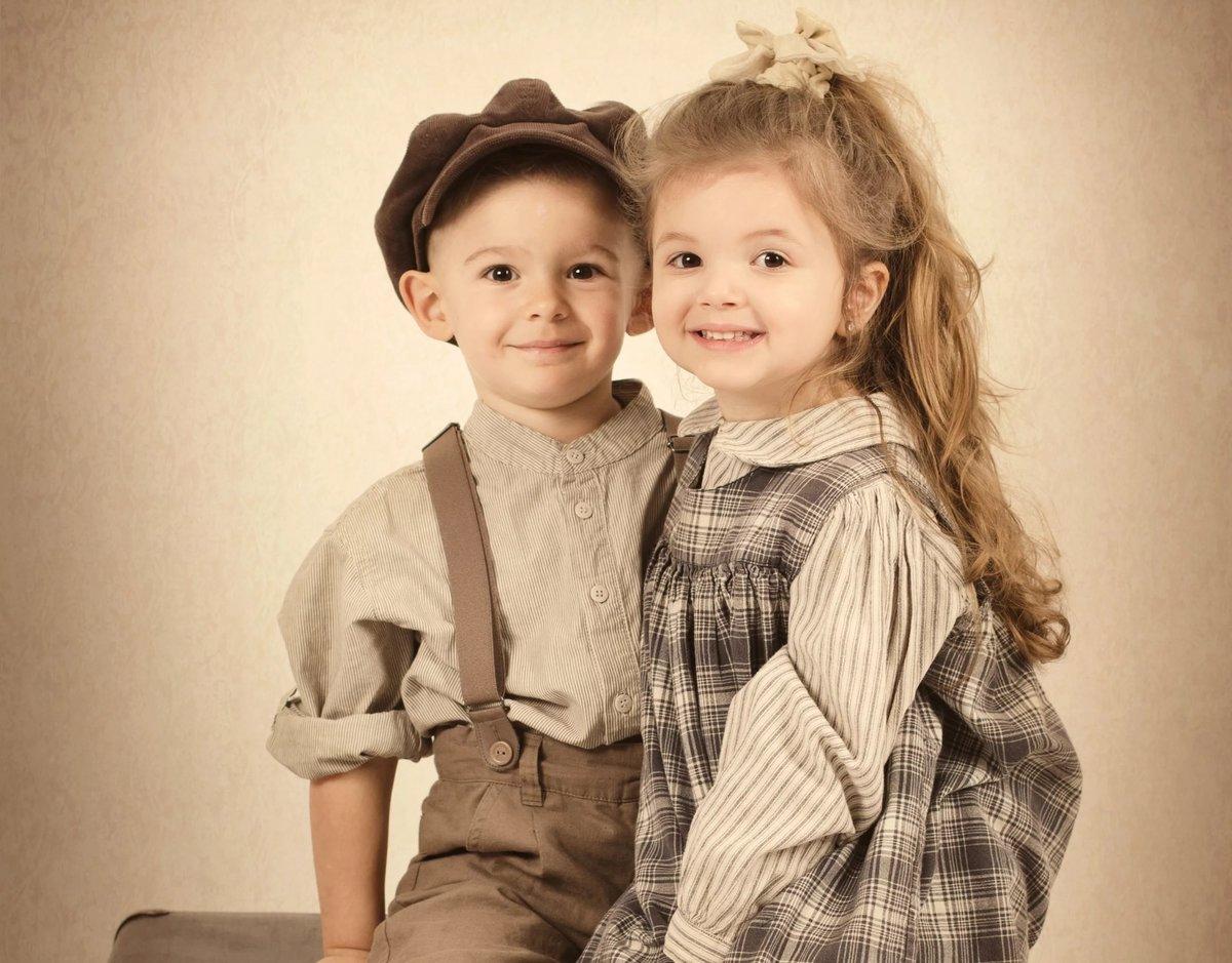 Картинки девочки и мальчика детей