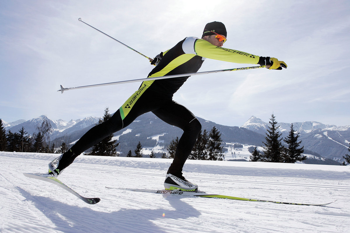 Картинки с лыжами и лыжниками