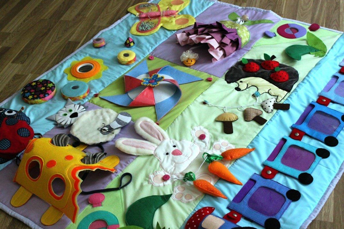 Сенсорные коврики для детей до года своими руками фото 755