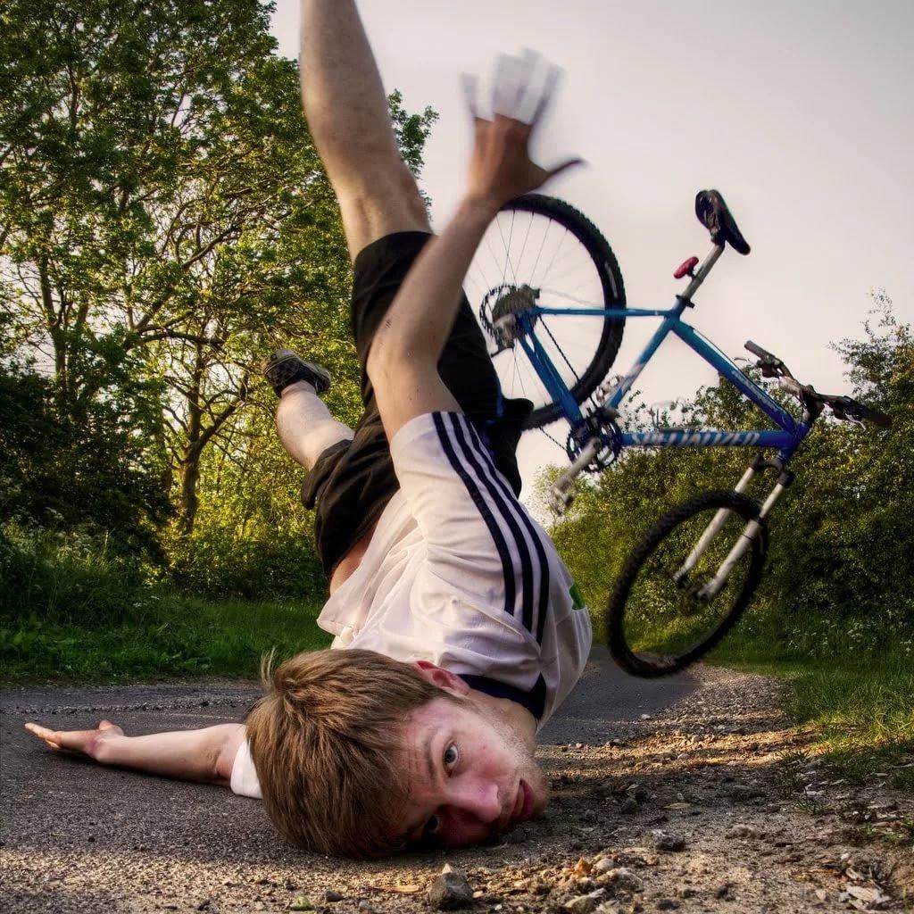 Упал с велосипеда прикольные картинки