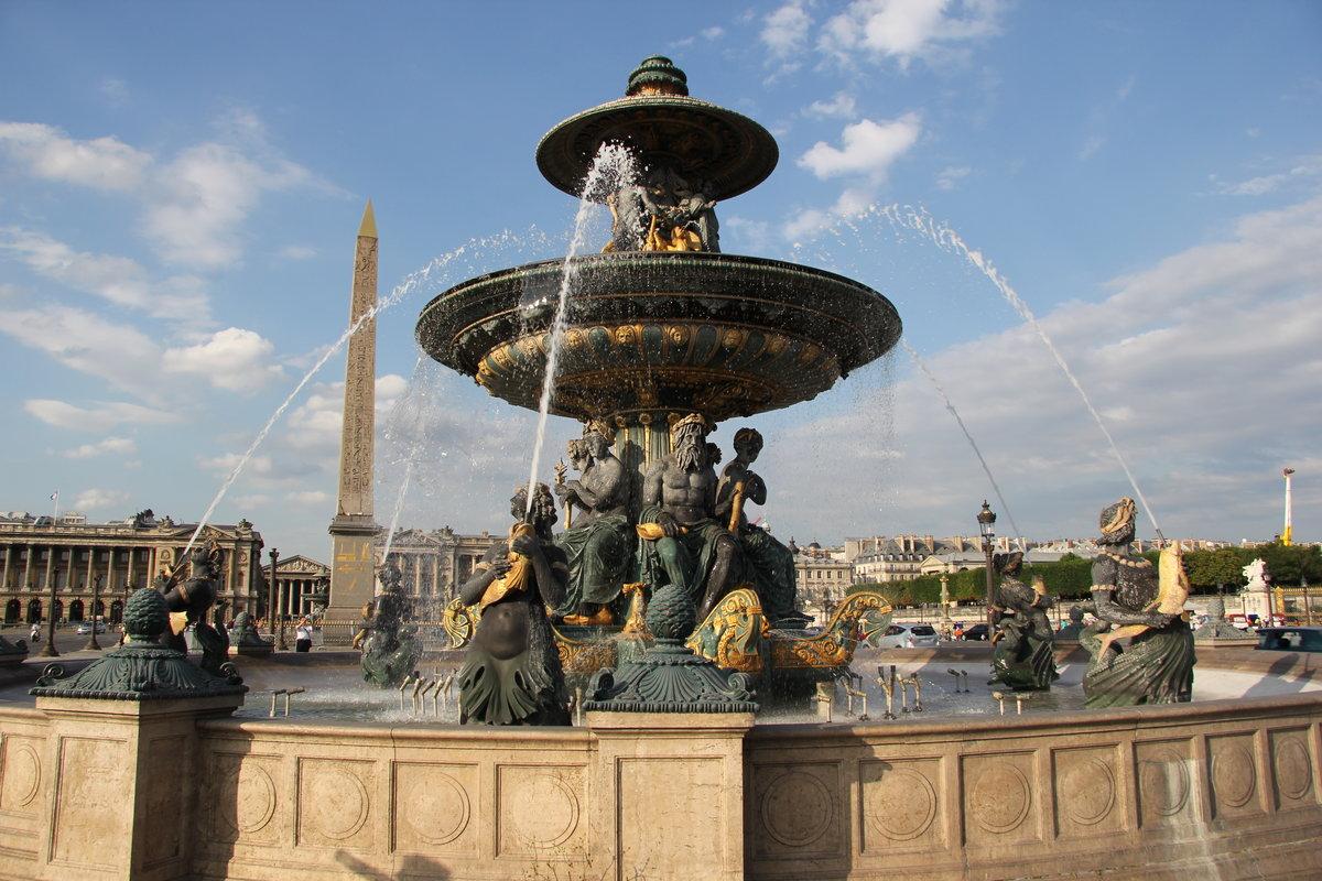 картинки фонтан в париже грудастая