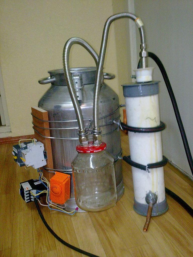 Простой самогонный аппарат своими руками в домашних условиях фото 661