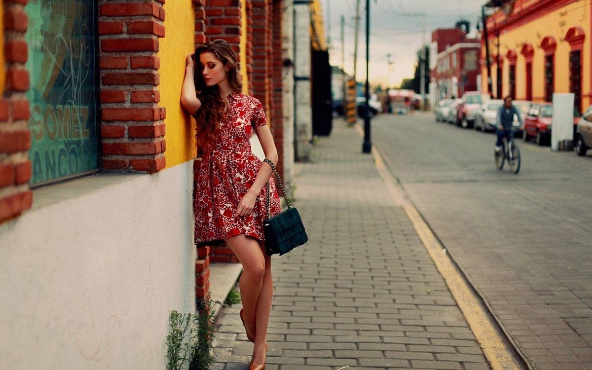 Красотки на улицах города, русский секс от первого лица два члена сразу