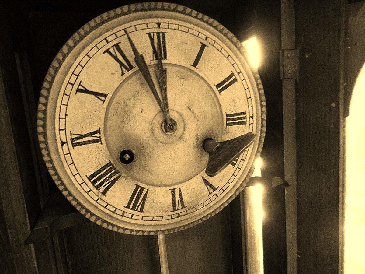 Картинки старинные часы