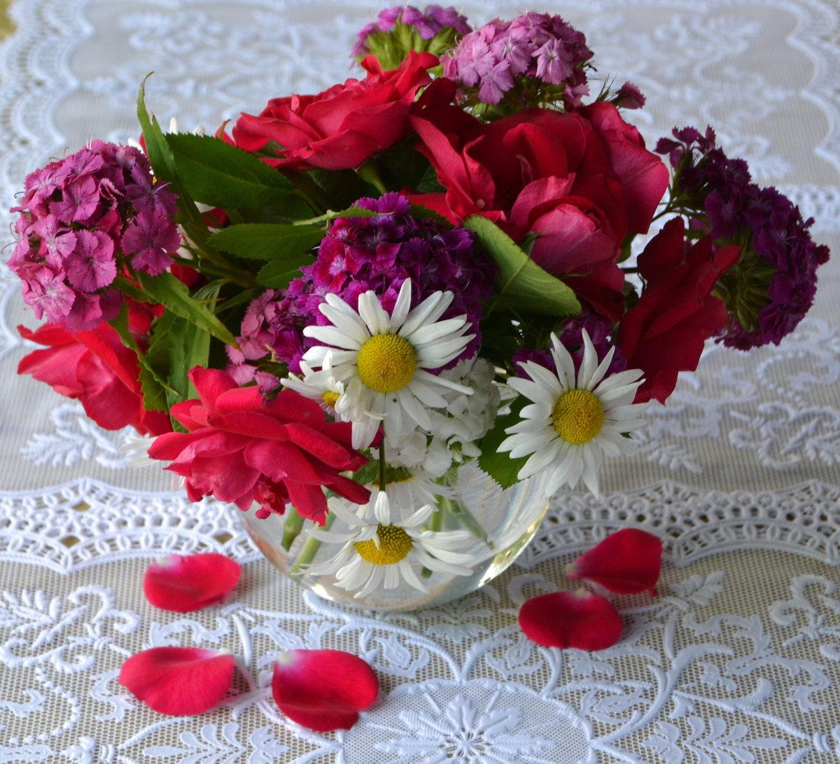 Картинки школьной, гифки букет роз и ромашек для любимой