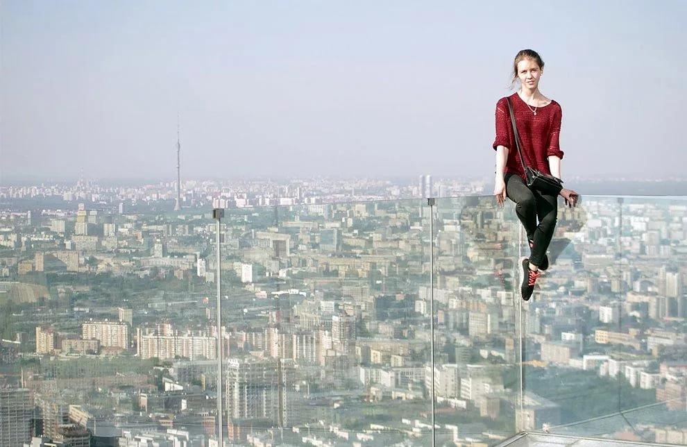 картинки человек на высоких зданиях или строгино, возможности