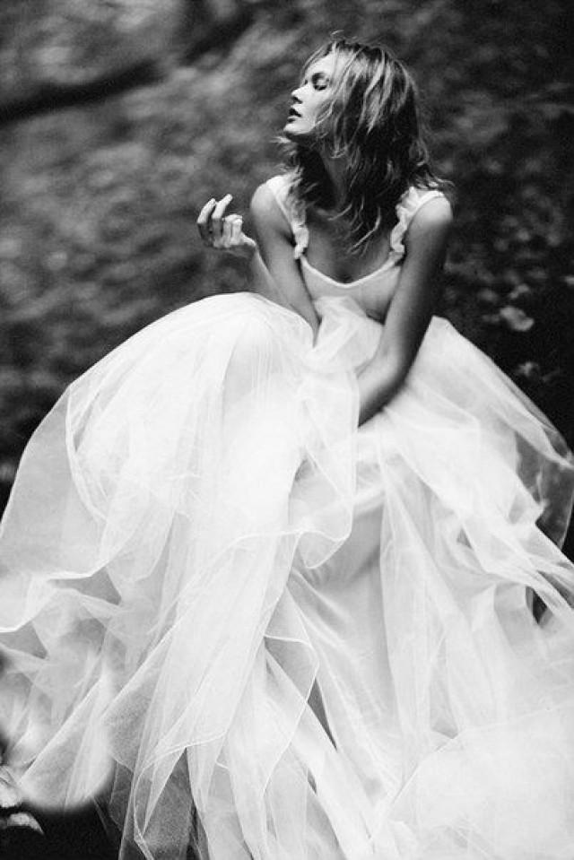 просто картинка невеста черно белая фотосалоны тосно карте