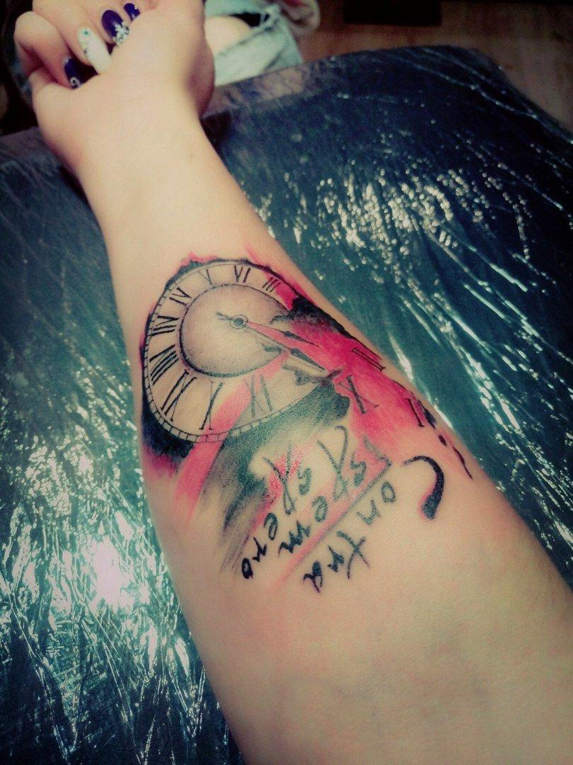 Что касается выбора места для татуировки, стоит учитывать особенности рисунка.