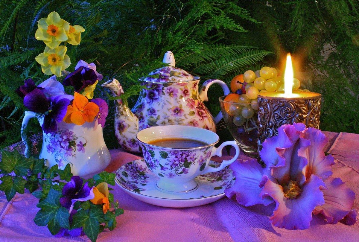 Фотошоп простая, открытка за чашкой чая