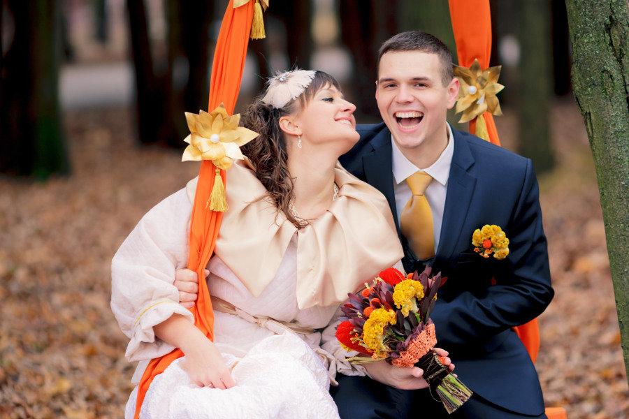 состав отряда осенняя свадьба фото невест с оранжевым декором выставке декоративно-прикладного
