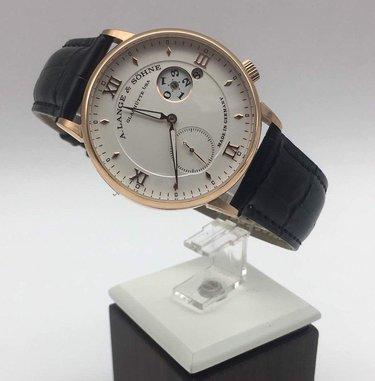 Каталог мужских швейцарских часов реплика на
