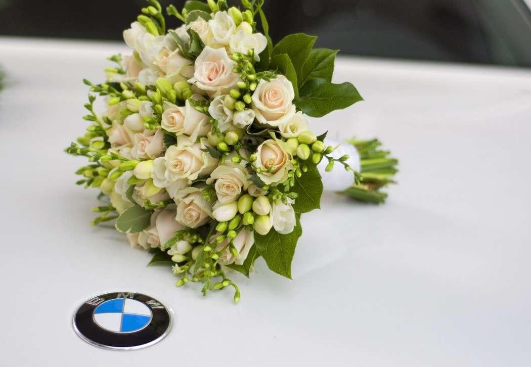 Свадебный букет из чайных роз мелких, букет дублер