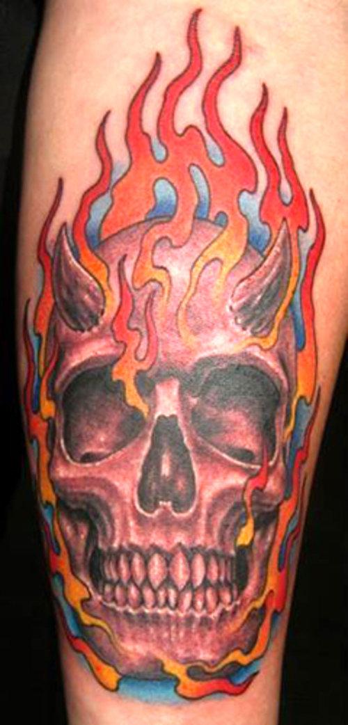 эпоху фото тату череп и огонь достаточно