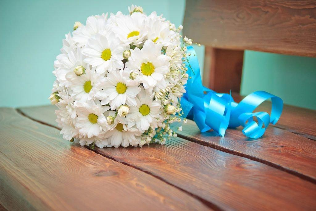 Ромашки, букет невесты из ромашек круглый моск