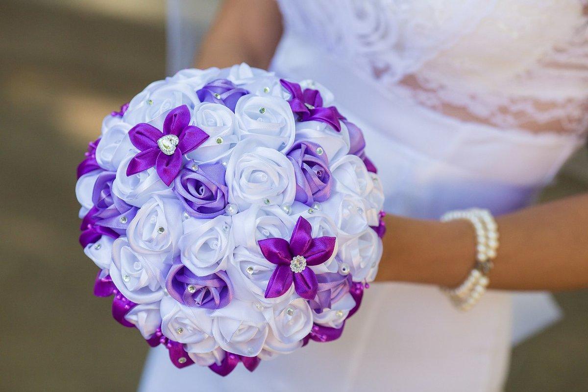 Букет для невест из лент, трусов