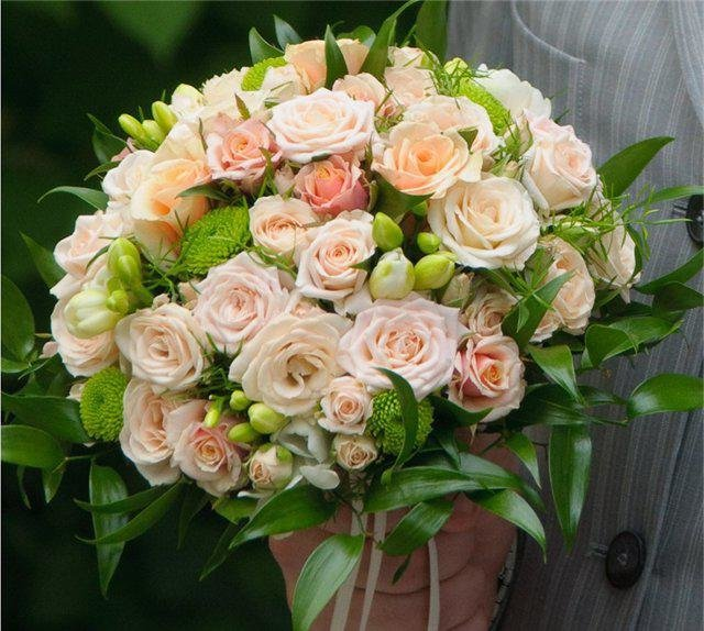 Свадебные букет из чайных роз, цветов симферополе