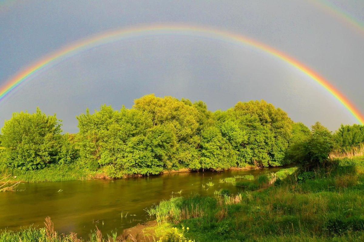 Картинки дождь в радугу