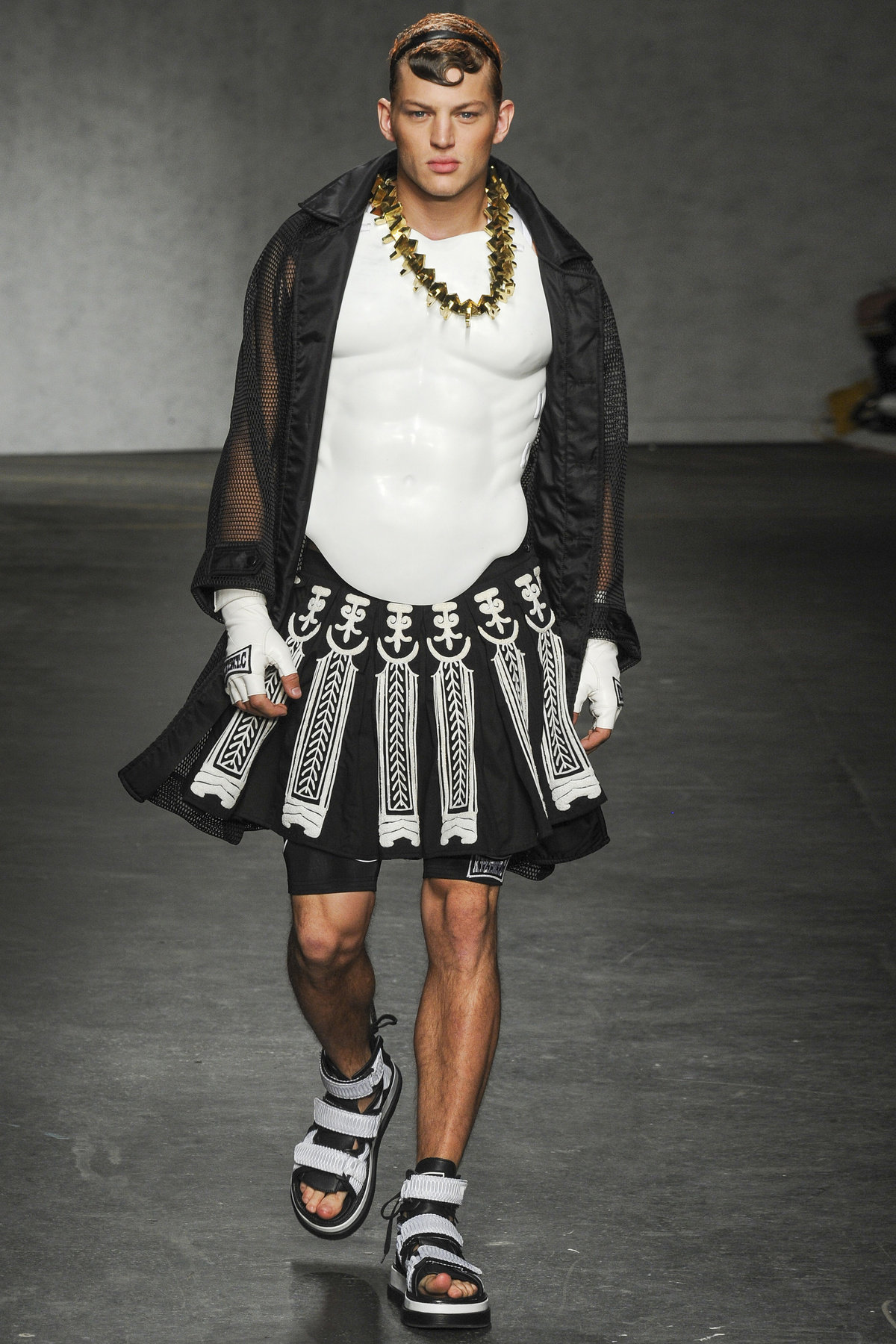включайте креативные мужские сценичные наряды фото крепежи