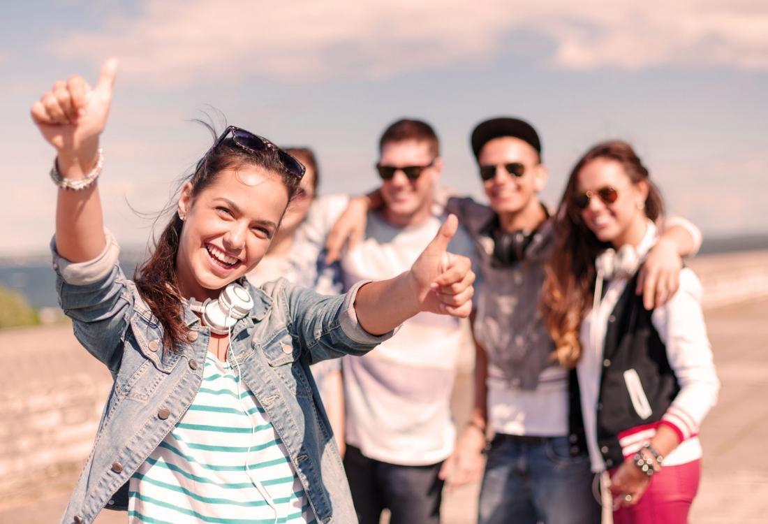 Картинки про молодежь 21 века