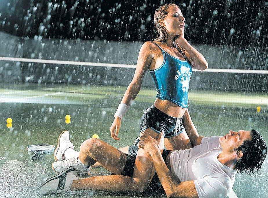 картинки фото верхом на мужчине и под дождем получились вполне стиле