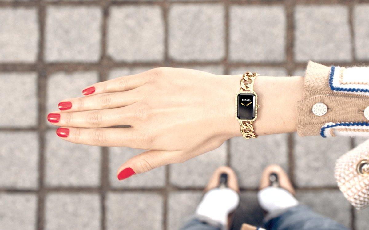 Счастливые часов не наблюдают, особенно если это часы известного мирового бренда с легендарной историей – знаменитого chanel.
