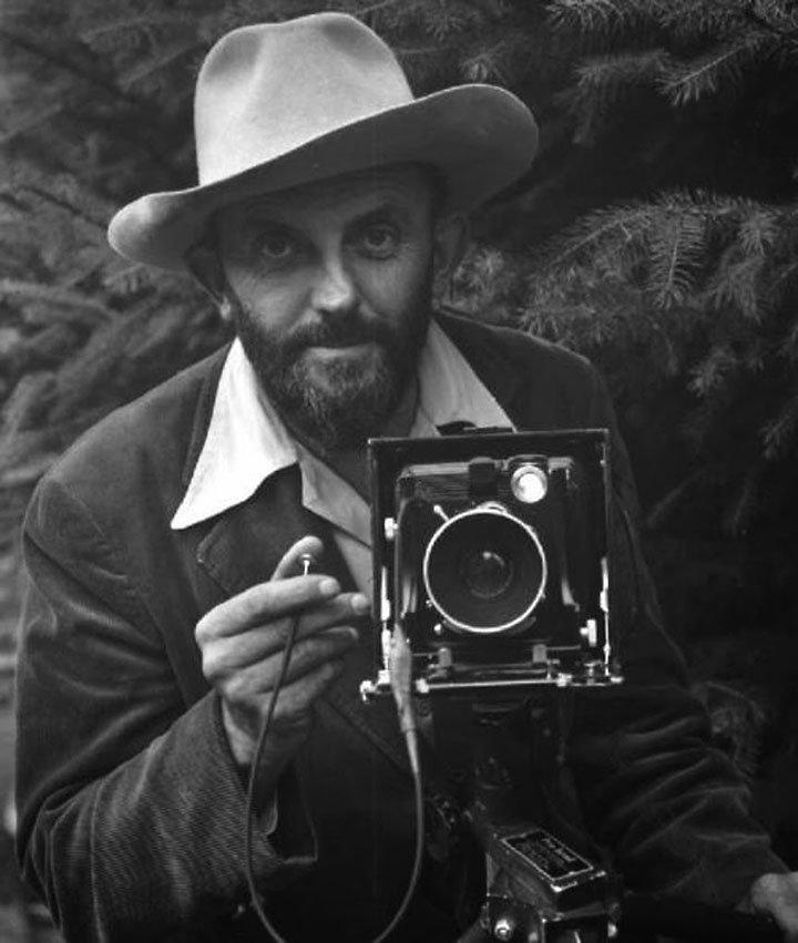 тебе биографии современных фотографов можно