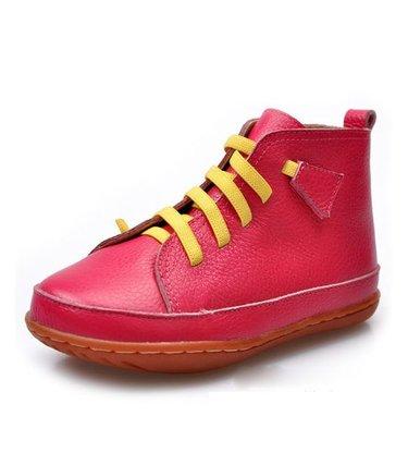Женские высокие красные замшевые кроссовки Nike.