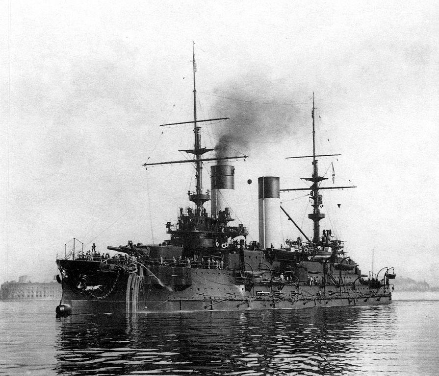 6 июля 1902 г. В России спущен на воду эскадренный броненосец «Орел»