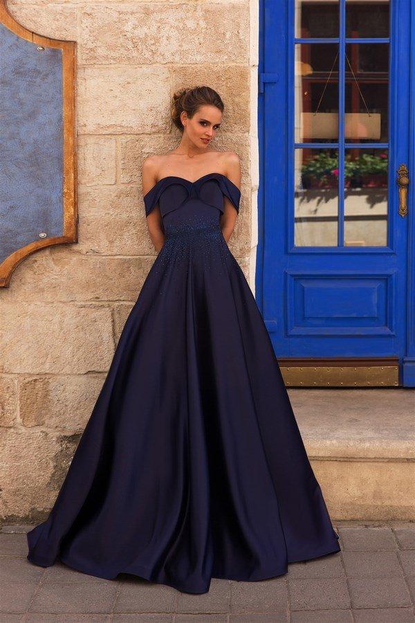 69f11b76df9 ... актуальные тренды Роскошные выпускные платья  как выбрать модные платья  на выпускной 2018-2019