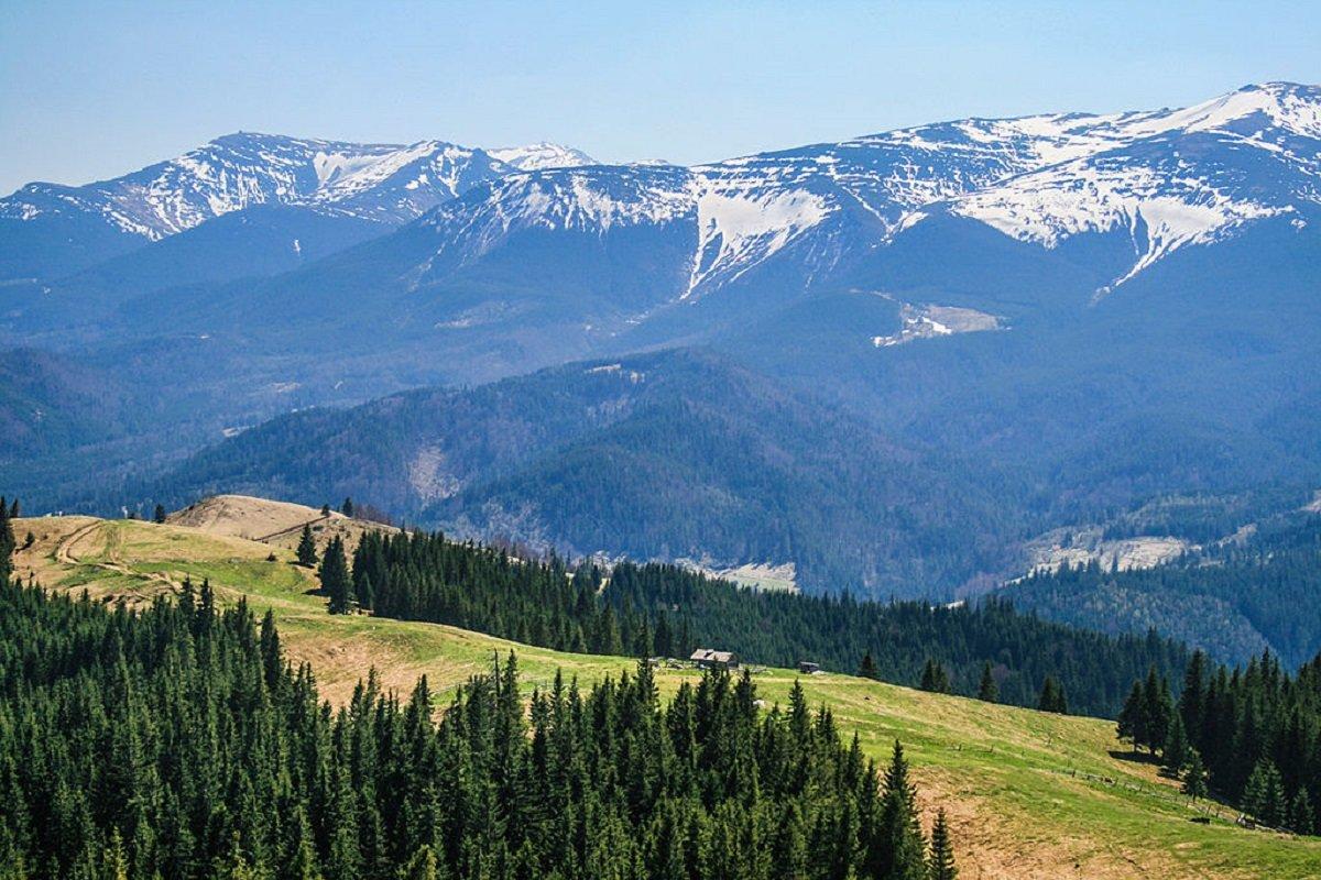 Горный хребет Чорногора. Наивысшая точка Карпат