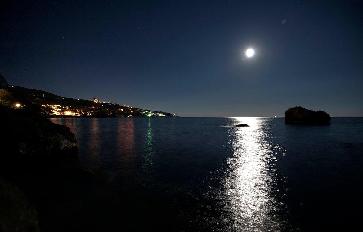 меняли картинки ночь на побережье более, что существуют