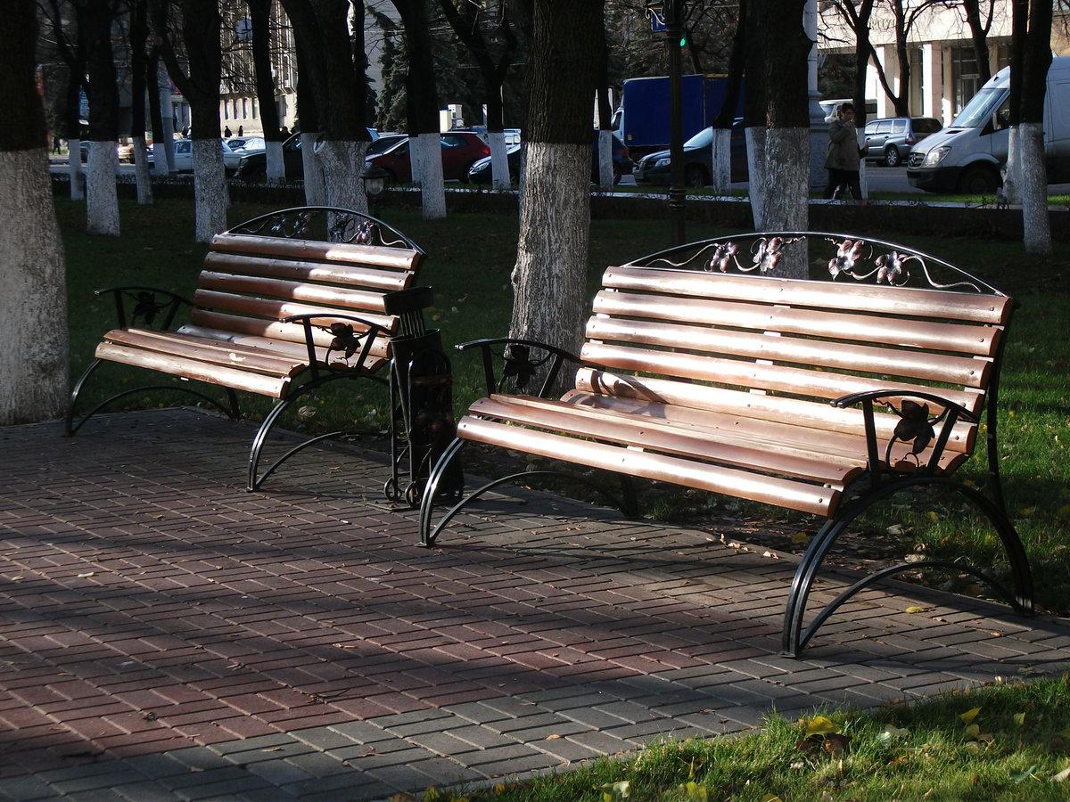 красивые скамейки на улицах спб фото важно