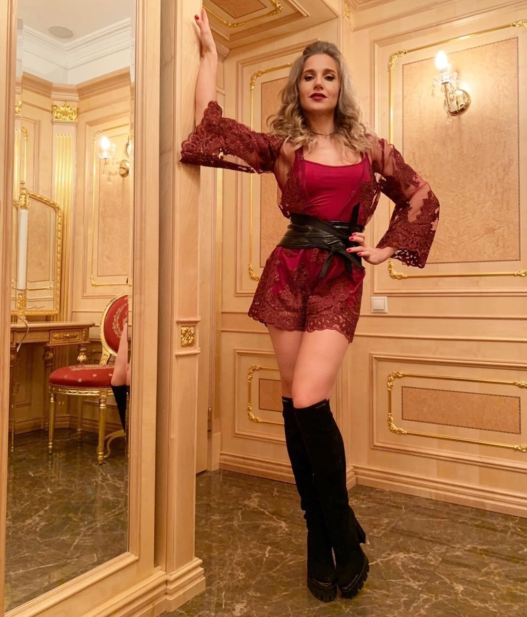 Instagram Julia Kovalchuk nudes (24 photo), Tits, Cleavage, Instagram, cleavage 2019