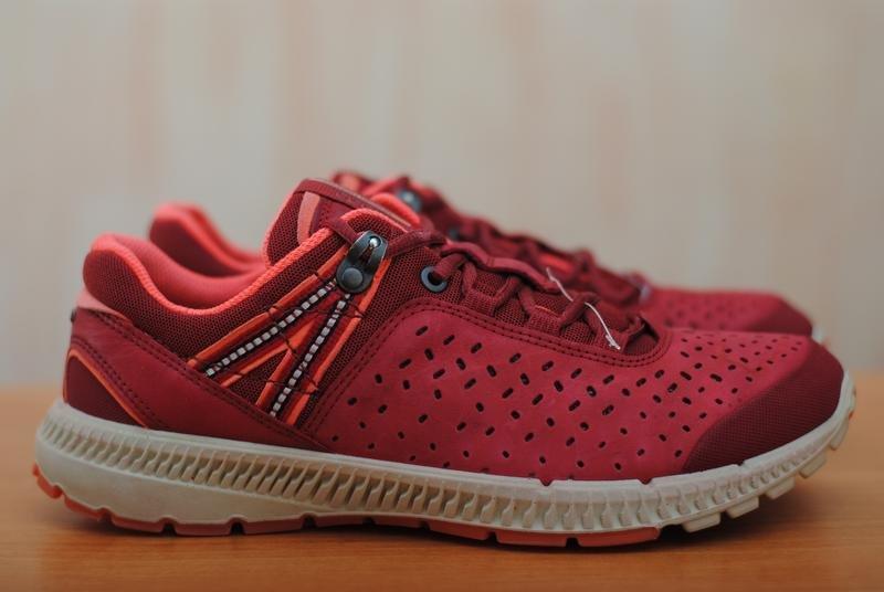 5333a63da130 Распродажа женских кроссовок ECCO. Интернет-магазин каталог обуви Экко  официальный сайт скидки Подробнее по