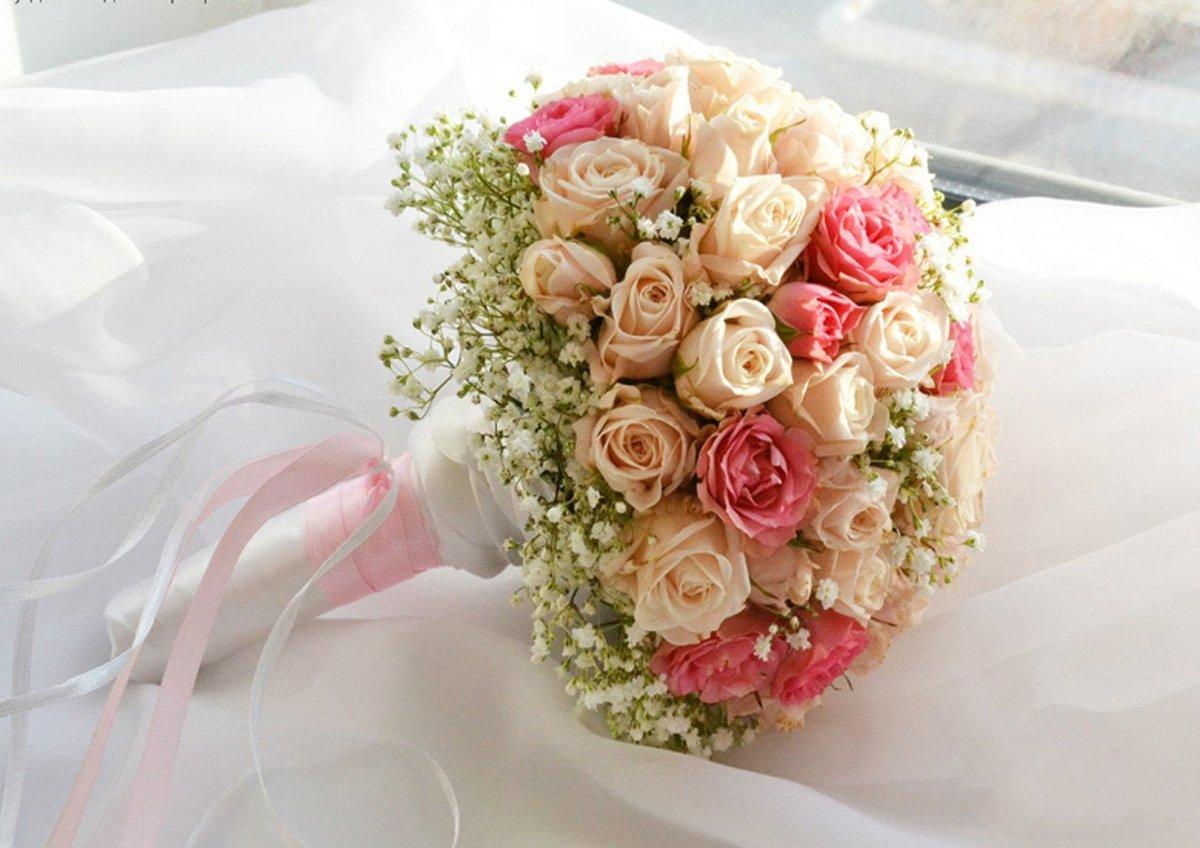 Свадебный букет из чайных роз мелких