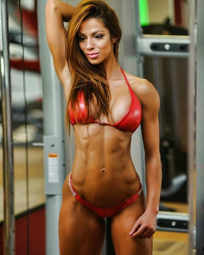 student-female-fitness-models-candid-skinny