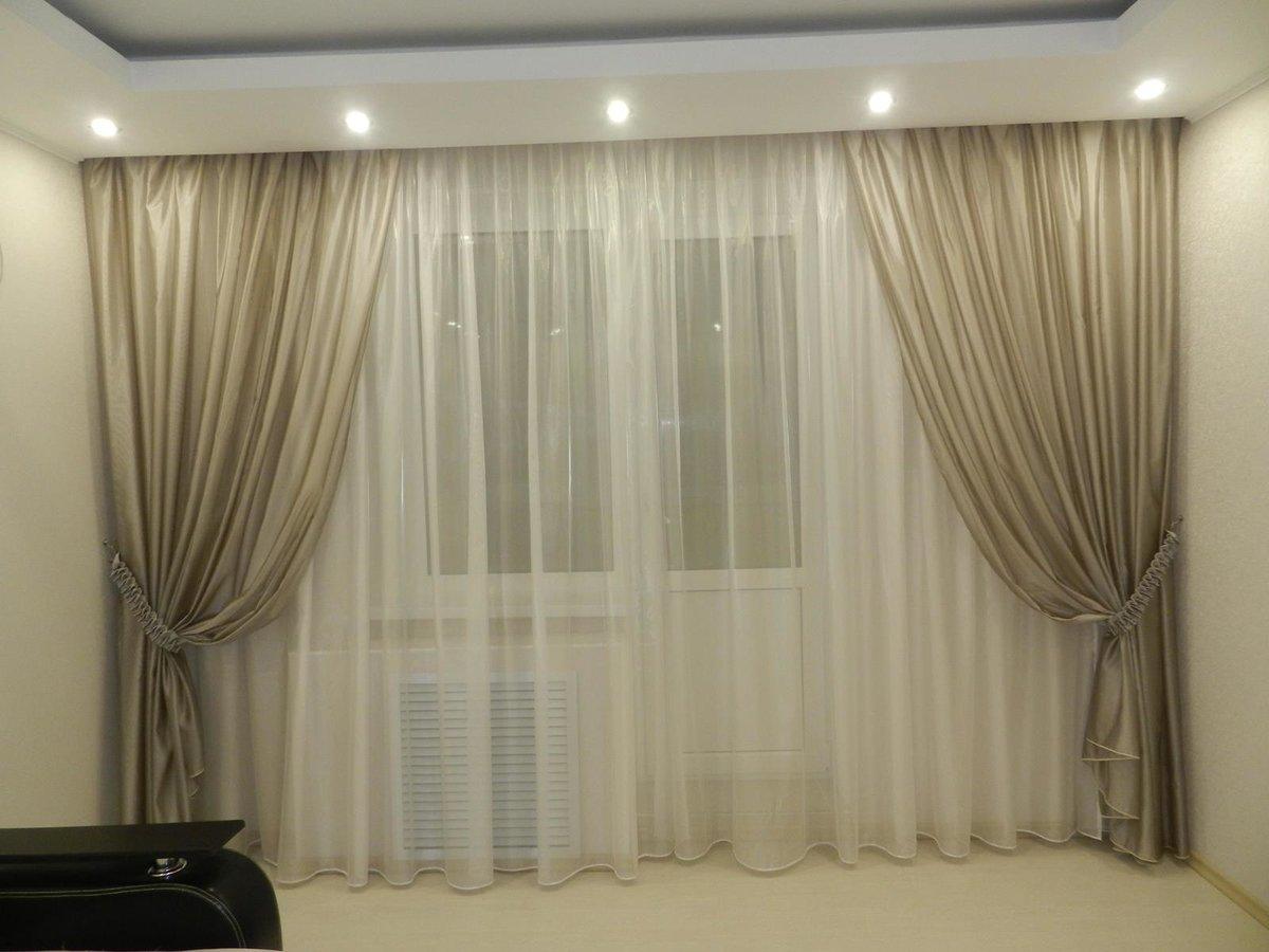 фото моделей тюлевых штор в зал дизайн круглой