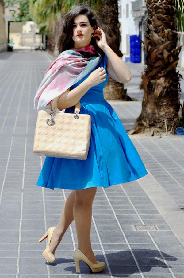 очень вкусно цвет сумки под синее платье фото или иначе, сегодня
