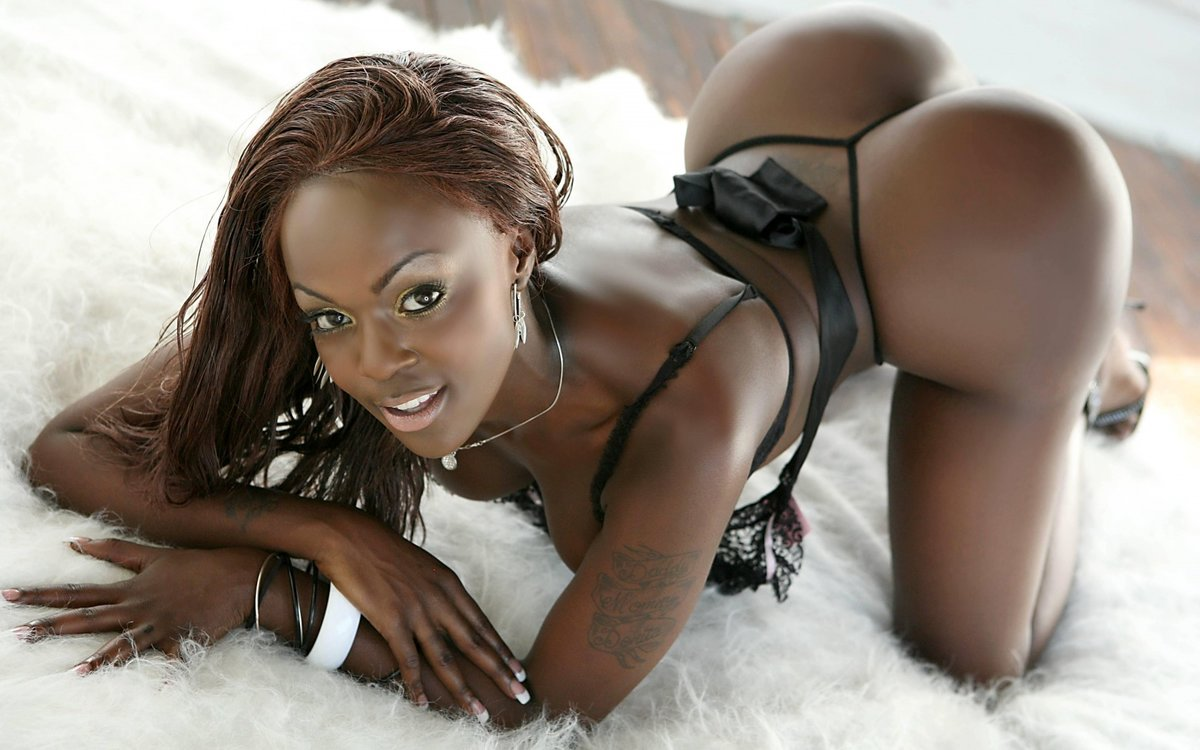 ebony-black-models-galleries-pictures