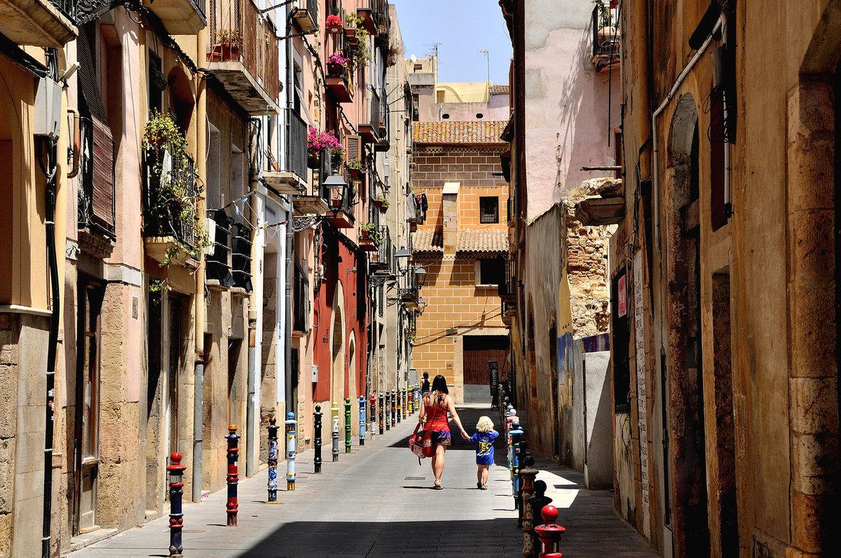 книжек прочитал испанские города улицы фото мебели туапсе поможет